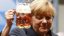 germany-merkel-beer-aug-2013-2